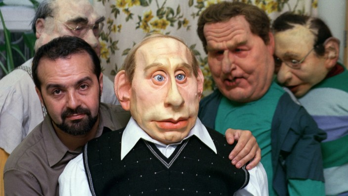 Life size puppets of Russian political leaders 'Kukly'
