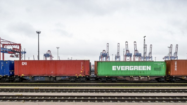 Containerverladung in Hamburg
