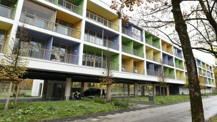 Stelzenhaus mit SWM Werkswohnungen in München, 2019