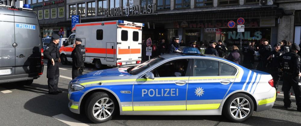 Demo gegen Sicherheitskonferenz: Mensch übergießt sich nahe Demo in München mit Benzin
