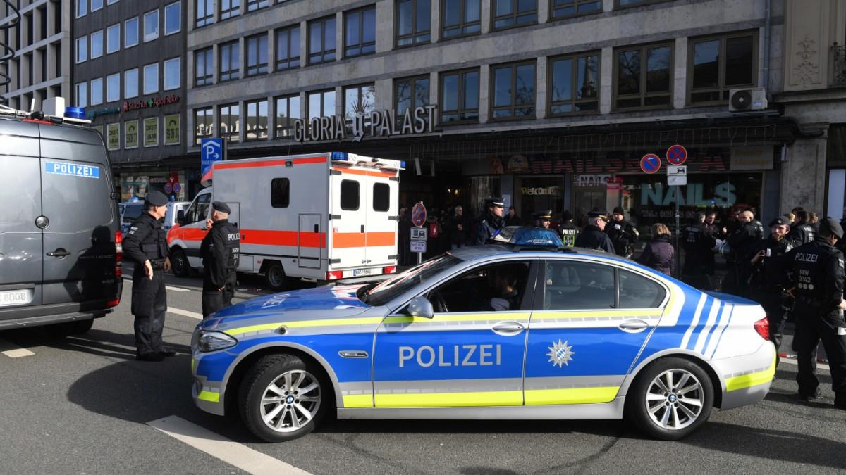 Demo in München: Mann übergießt sich mit Benzin