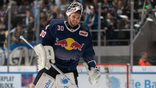 Eishockey, DEL, EHC Red Bull München - Pinguins Bremerhaven Im Bild Daniel FIESSINGER (EHC Red Bull München, 30) auf der; Eishockey