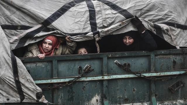 Syrien: Flüchtlinge verlassen die Provinz Idlib