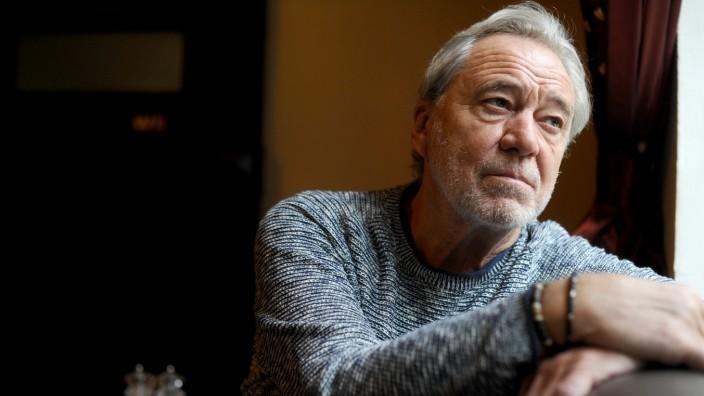 Fernsehen: Gerd Silberbauer wollte eigentlich Rechtsanwalt werden, brach das Jura-Studium allerdings ab. Und wurde nach vielen Jahren am Theater zum Chefermittler der Soko München.