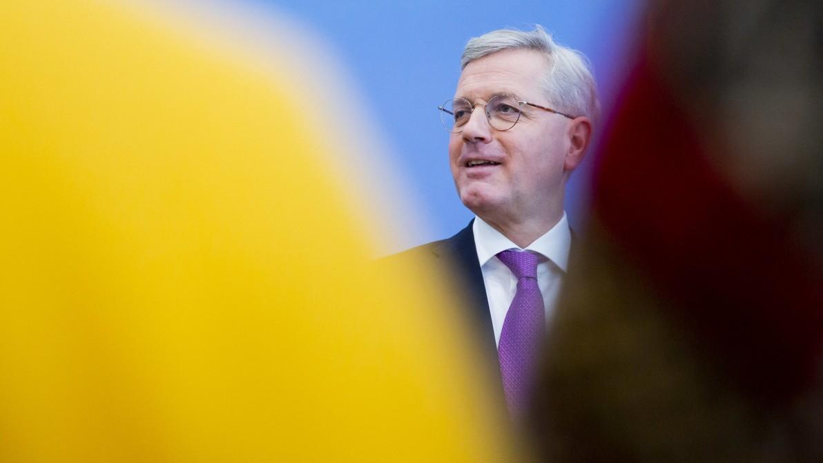 CDU-Vorsitz - Spielverderber Röttgen