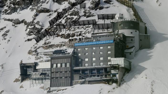 Monitoring von Schadstoffen in den Alpen