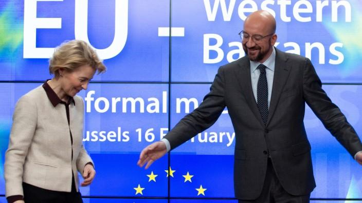 EU: Ratspräsident Charles Michel begrüßt Kommissionspräsidentin Ursula von der Leyen