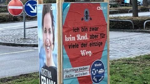 München: Unbekannte fälschen CSU-Wahlplakate