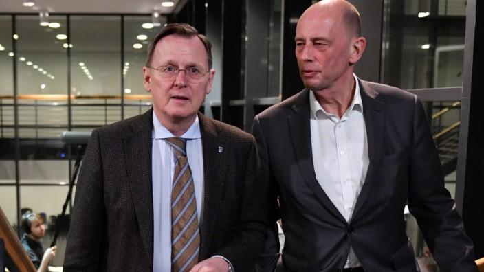 Regierungskrise in Thüringen 2020: Bodo Ramelow und Wolfgang Tiefensee in Erfurt
