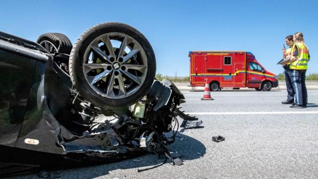 Minister Herrmann stellt Verkehrsunfallstatistik 2019 vor