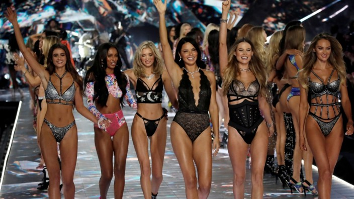 FILE PHOTO: Model Adriana Lima walks with other models during the 2018 Victoria's Secret Fashion Show in New York City