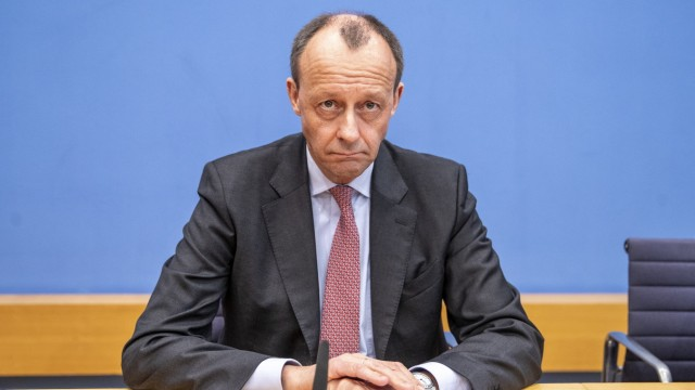 Merz And Laschet Announce CDU Leadership Candidacies, Spahn Declines