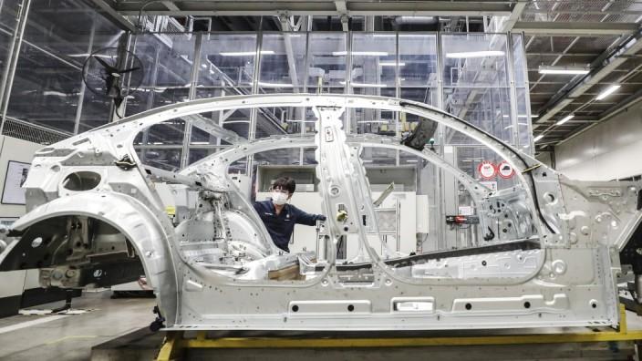 (200217) -- SHENYANG, Feb. 17, 2020 -- A man works at Tiexi Plant of BMW Brilliance Automotive (BBA) in Shenyang, capita
