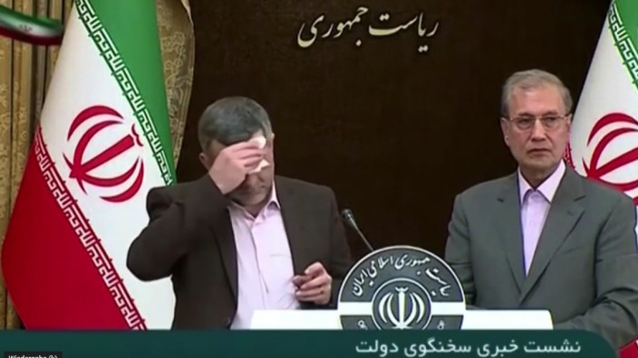 Iradsch Harirschi, Vize Gesundheitsminister Iran, selbst an Corona erkrankt