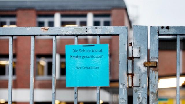 Einschränkungen wegen Covid-19: Zahlreiche Schulen bleiben geschlossen.