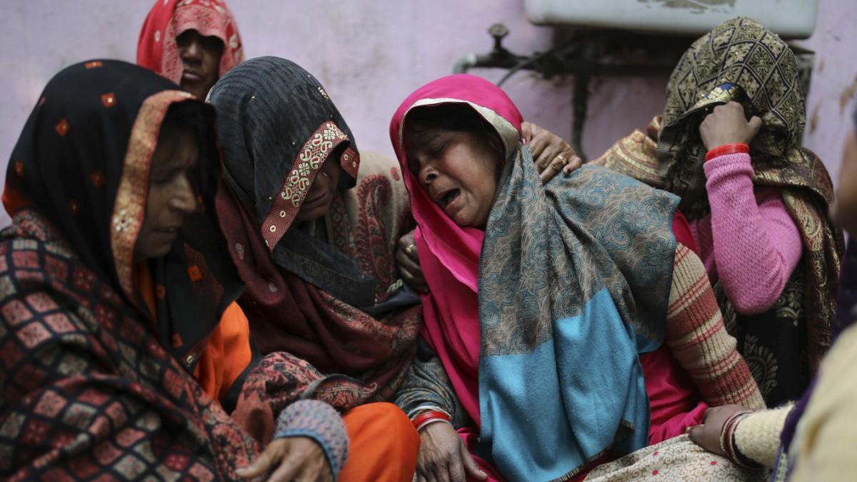 Indien: Der Kitt zerbröckelt