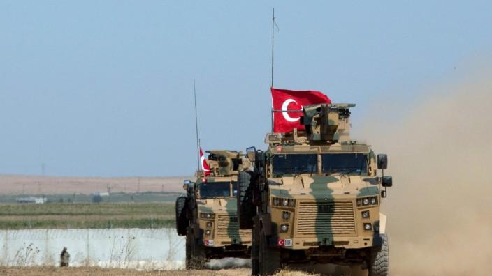 Zwei türkische Soldaten bei Luftangriff in Idlib getötet