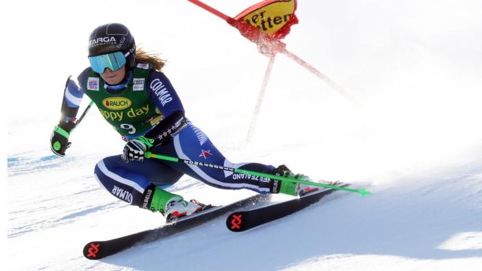 Weltcup Riesenslalom der Damen Ski Opening Alice Robinson (NZL) siegt Sölden Soelden Deutschland Rettenbachferner Gletsc