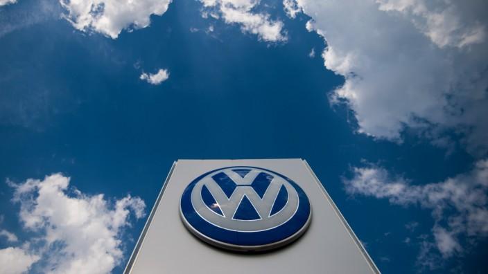Dieselskandal: Zufälle gibt es nicht: Das Timing des Angebots hat sich VW gut überlegt.