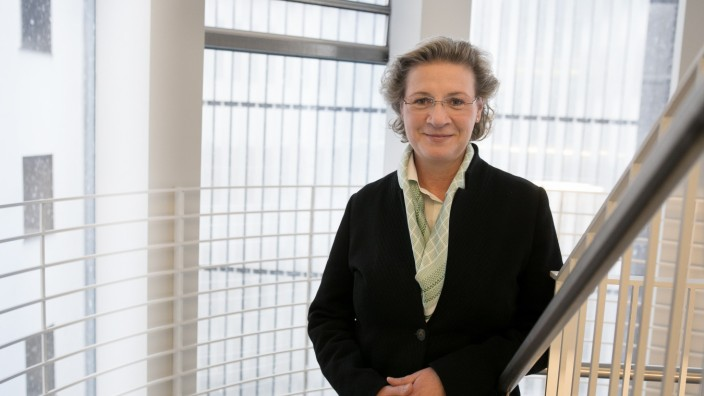 Susanne Niewalda, Mediatorin, Bayerischer Bauindustrieverband e.V. Oberanger 32