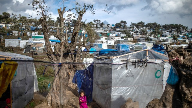 Flüchtlingslager auf Lesbos nach Ausschreitungen