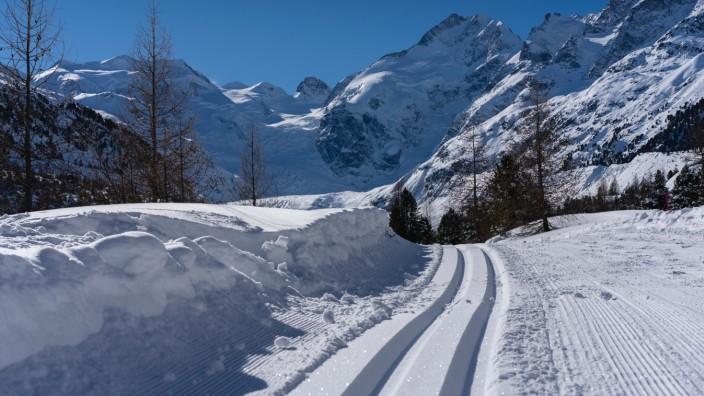 Langlauf Morteratsch Gletscher Pontresina Engadin Schweiz Foto: Sepp Rutz/Unsplash