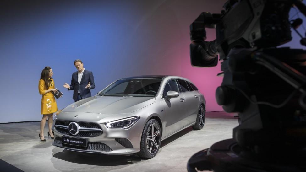 Digitale Mercedes-Benz Presse Konferenz, Stuttgart 2020 // Digital Mercedes-Benz Press Conference, Stuttgart 2020  ; Mercedes CLA 250 e Shooting Brake