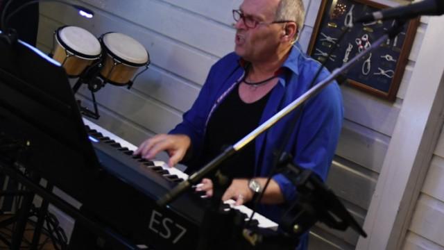 OB-Kandidat der Freien Wähler: Musik ist Mehlings Hobby. Alle 14 Tage probt er mit seiner Band.