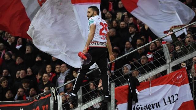 Fussball, Herren, Saison 2019/2020, DFB-Pokal (Viertelfinale), Bayer Leverkusen - 1. FC Union Berlin, Fans von Union, 04