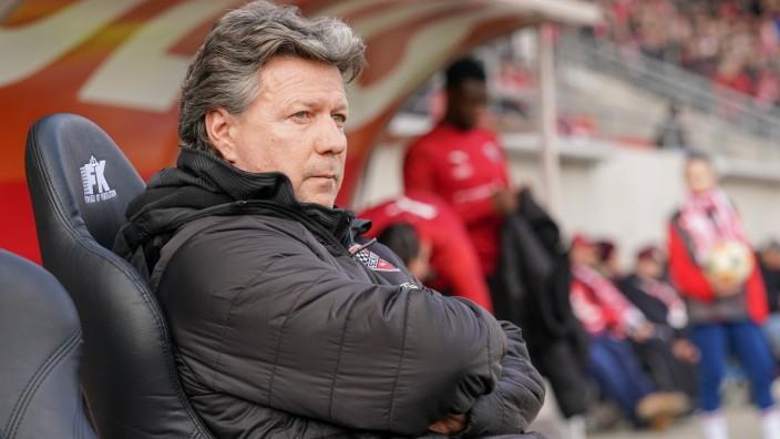 3. Liga - Hallescher FC - FC Ingolstadt 04 - Cheftrainer Jeff Saibene (FCI) 3. Liga - Hallescher FC - FC Ingolstadt 04 S