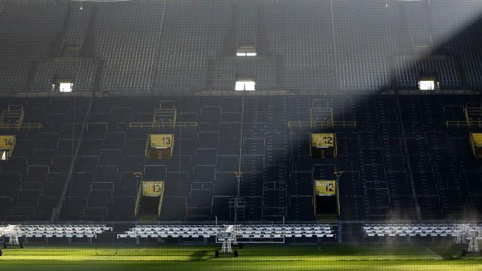 AuchFußball-Revierderby Dortmund gegen Schalke ohne Publikum