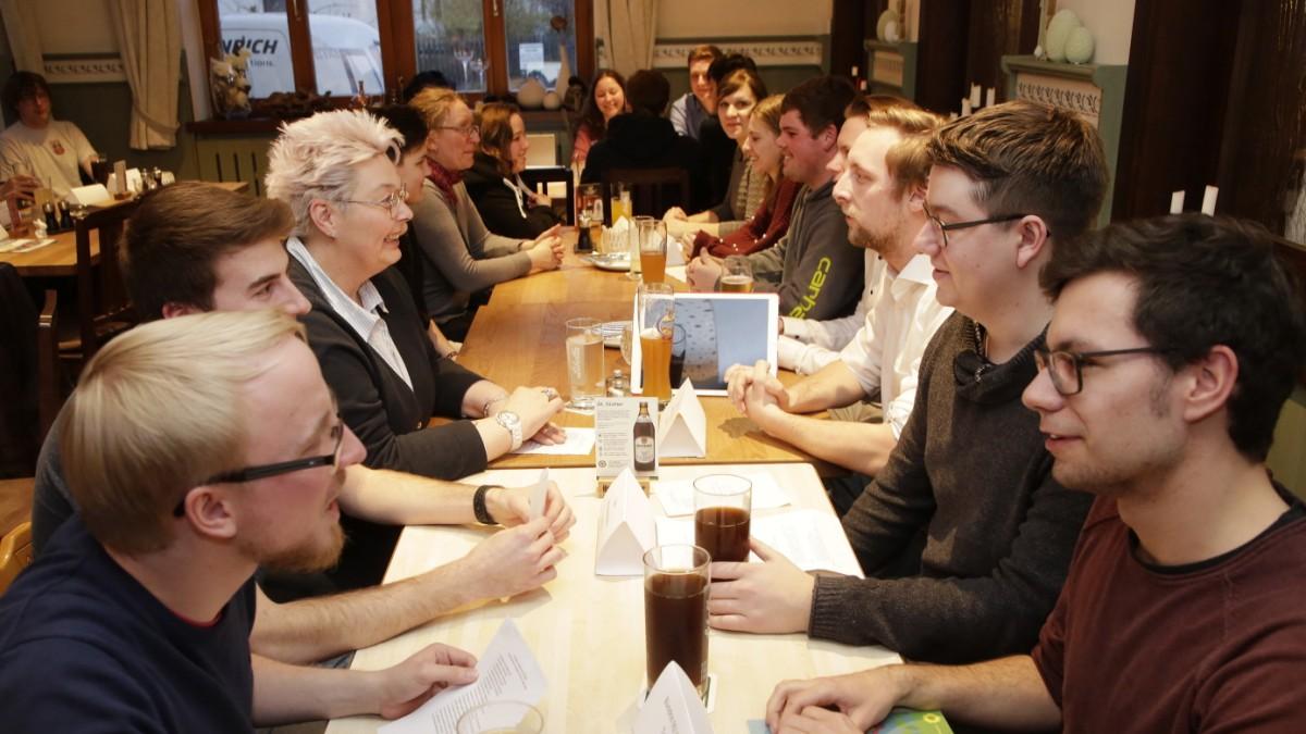 Rietberg Dating Agentur Moosburg Treffen Mit Frauen