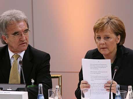 Sicherheitskonferenz Horst Teltschik Angela Merkel