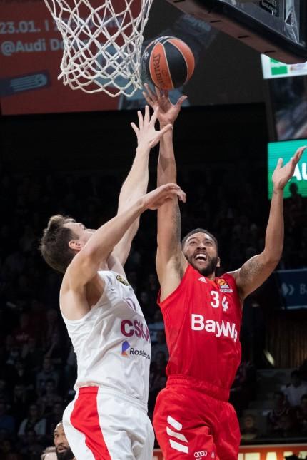 Josh HUESTIS ( 34, FCBB). Basketball, FC Bayern (FCB) - ZSKA Moskau (ZMO), Euroleague, Saison 2019/2020, Round 18, am 1