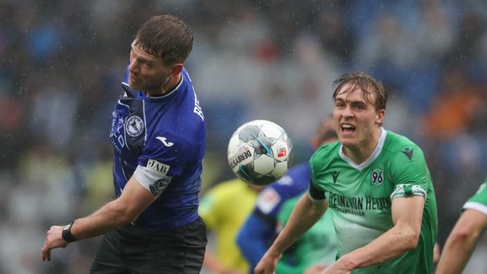 Fussball-Profi Timo Hübers positiv auf Coronavirus getestet