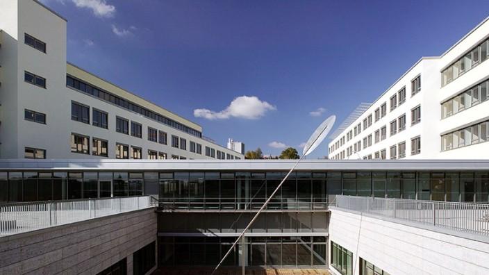 Bayerisches Gesundheitsministerium: Weiterer Coronavirus-Todesfall in Bayern bestätigt