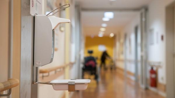 Hygienevorkehrungen in Altenheim in München wegen Corona-Virus, 2020