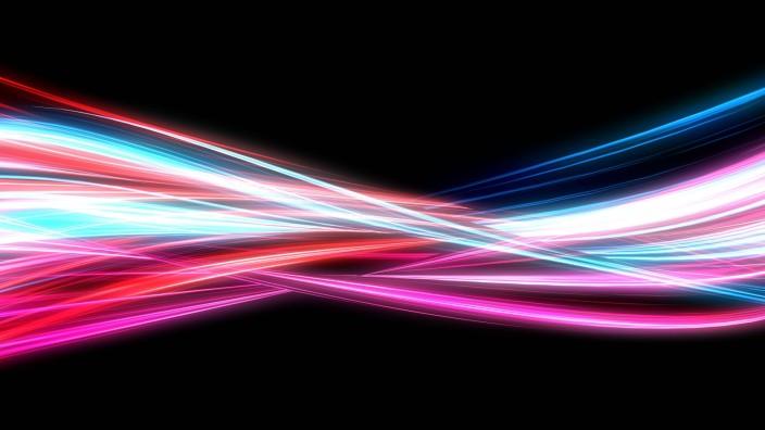 Neon Streaks PUBLICATIONxINxGERxSUIxAUTxONLY Copyright xkentohx Panthermedia26588887