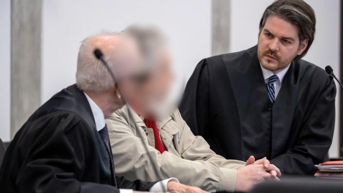 Prozess gegen 60-Jährigen wegen Mordes an seiner Frau