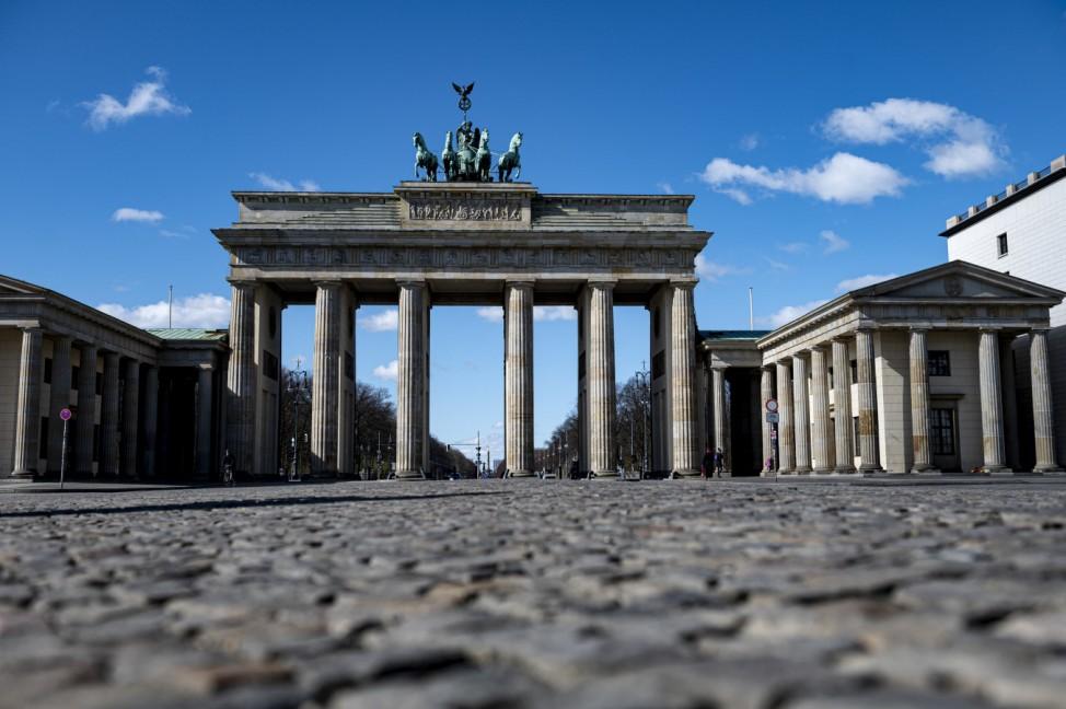 Coronavirus - Berlin Brandenburger Tor