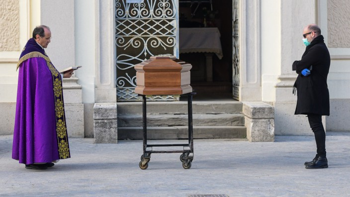 Coronavirus Italien Beerdigung