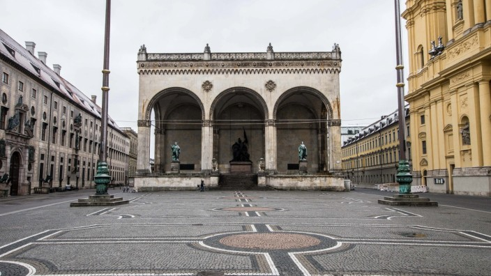 March 22, 2020, Munich, Bavaria, Germany: The empty Odeonsplatz in Munich, Germany. Even on Sundays, the plaza and stre