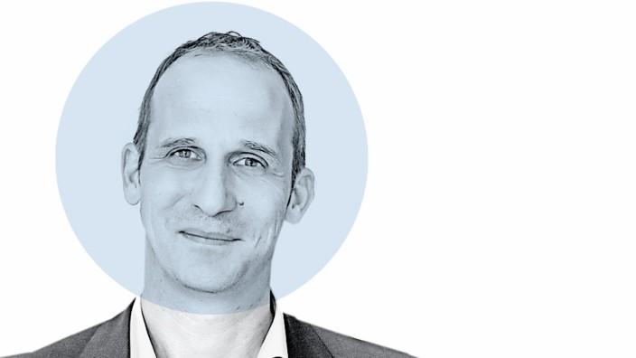 """Nahaufnahme: Frank Schroedter: """"Wir stellen uns darauf ein, dass jetzt die kritische Phase für viele Firmen beginnt""""."""