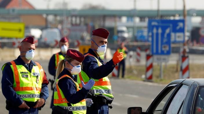 FILE PHOTO: Hungarian-Austrian is closed near Nickelsdorf