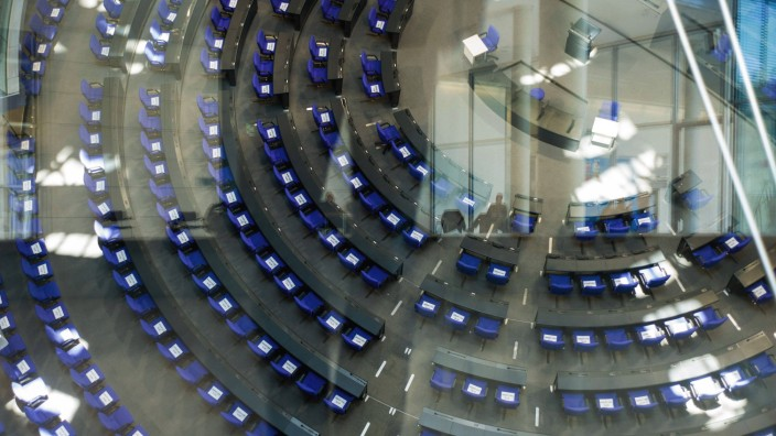 Deutschland, Berlin, Bundestag, Abstandsregel f¸r Abgeordnete, 24.03.2020 *** Germany, Berlin, Bundestag, distance rule