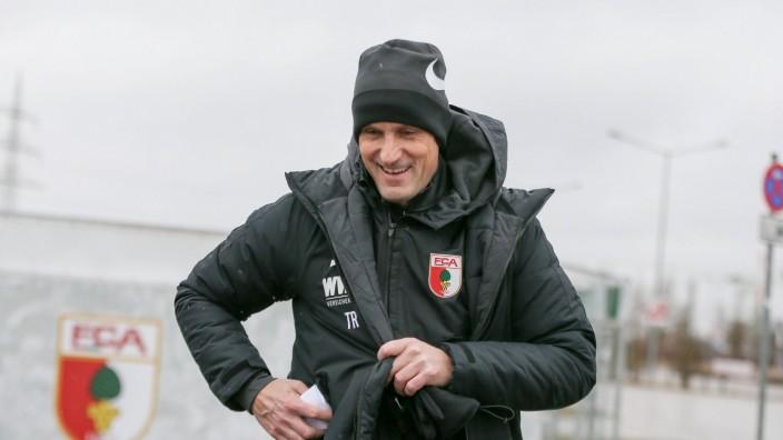 Chef-Trainer Heiko Herrlich (FC Augsburg) kommt zum ersten Training, Training, FC Augsburg, Fussball, 1.Bundesliga, 10.; Herrlich