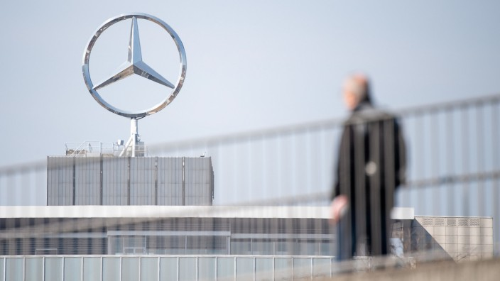 Corona-Krise - Daimler-Konzern beantragt Kurzarbeit