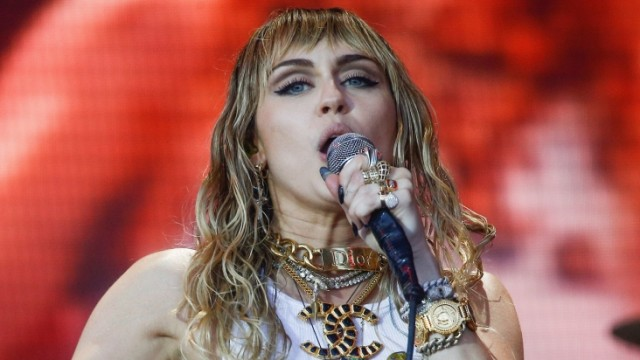 FILE PHOTO: Miley Cyrus performs during the 2019 Glastonbury Festival in Britain