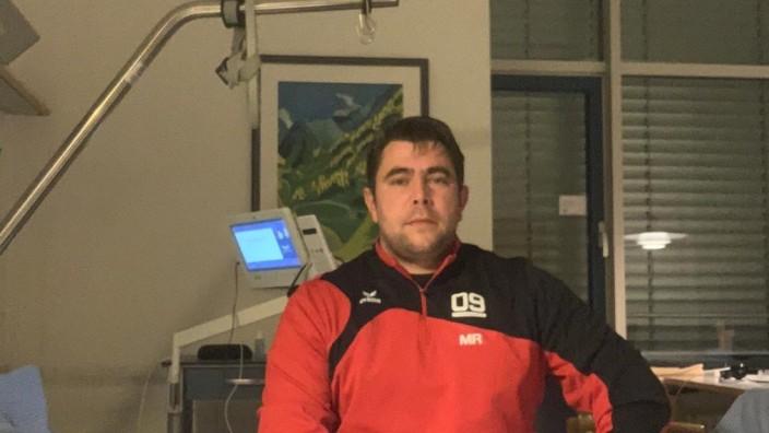 Manuel Riedmeier aus Berg  auf der Corona-Station im  Starnberger Krankenhaus