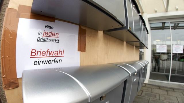 Penzberg Rathaus Briefwahlkästen